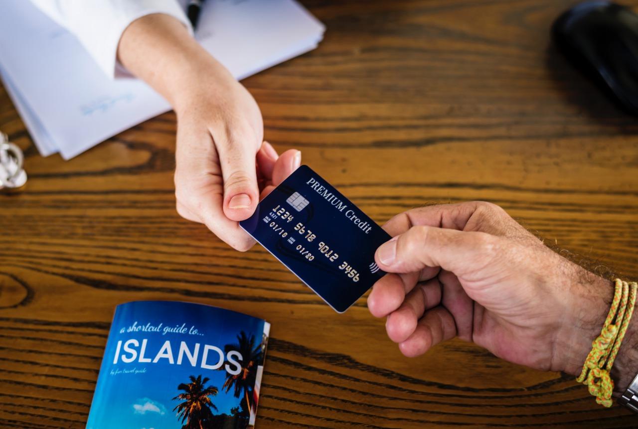 格安SIMの支払い方法は?クレジットカードと口座振替のどっち?