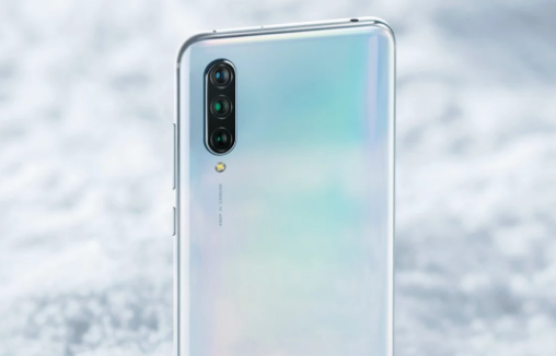Xiaomi Mi 9 LiteのトリプルAIカメラ