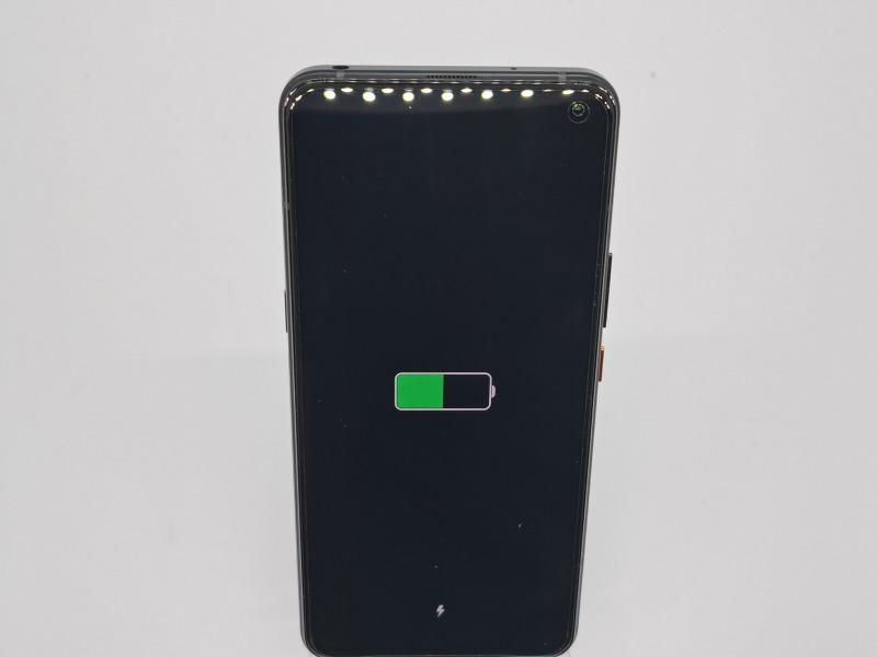 iQOO 3 5Gの通常充電の画像