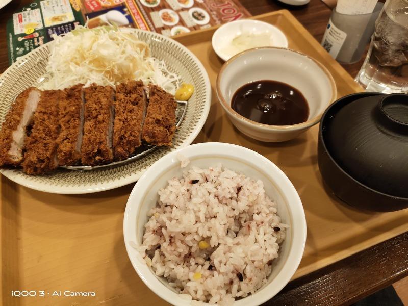 iQOO 3 5Gで食事を撮影した画像(4)