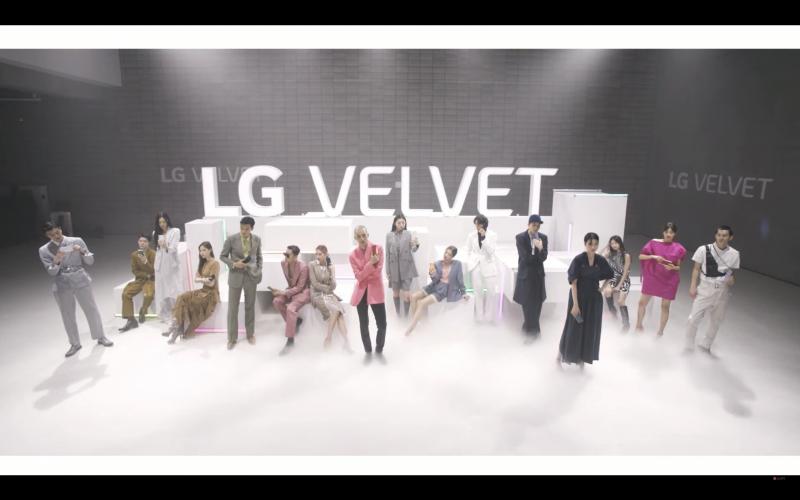 LG VELVETの画像1