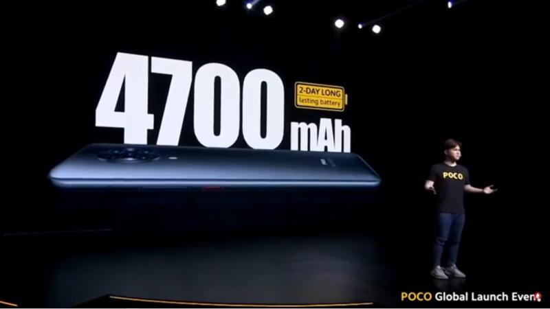4700mAhのバッテリーを搭載