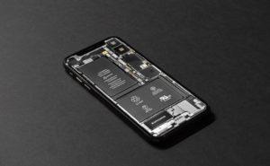iPhone バッテリー
