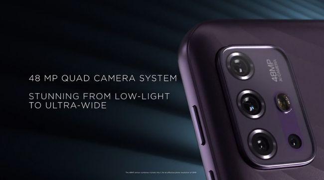 クアッドカメラを採用