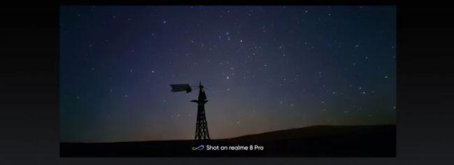 「タイムラプスビデオ」を撮影するスターリーモードを搭載